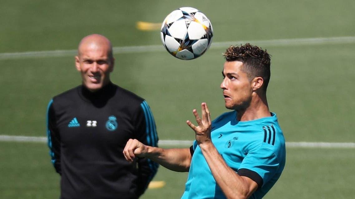 Real Madrid coach Zinedine Zidane and Cristiano Ronaldo during training. (AFP)
