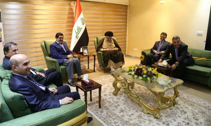 مع الوفد الكردي