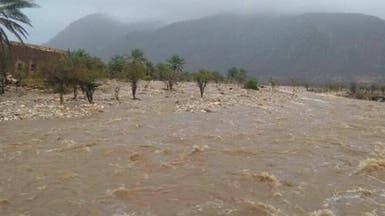 """شاهد .. آثار الدمار لإعصار """"مكونو"""" في سقطرى اليمنية"""