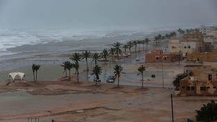إعصار مكونو يضرب سواحل عُمان.. ووفاة طفلة
