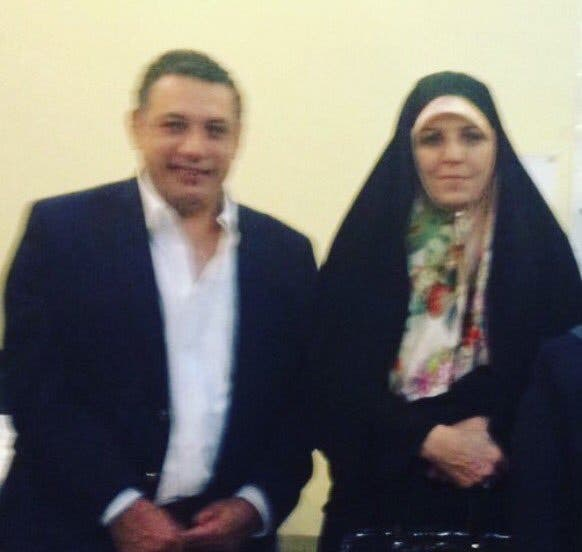 صورة لنزار زكا ومضيفته نائبة الرئيس روحاني