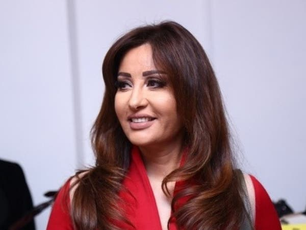 السعودية تنفي منع الفنانة لطيفة من القدوم لأداء العمرة