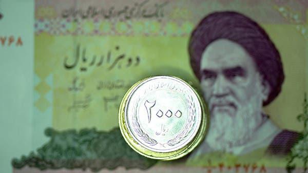 هبوط تاريخي للعملة الإيرانية.. 210 آلاف ريال لكل دولار