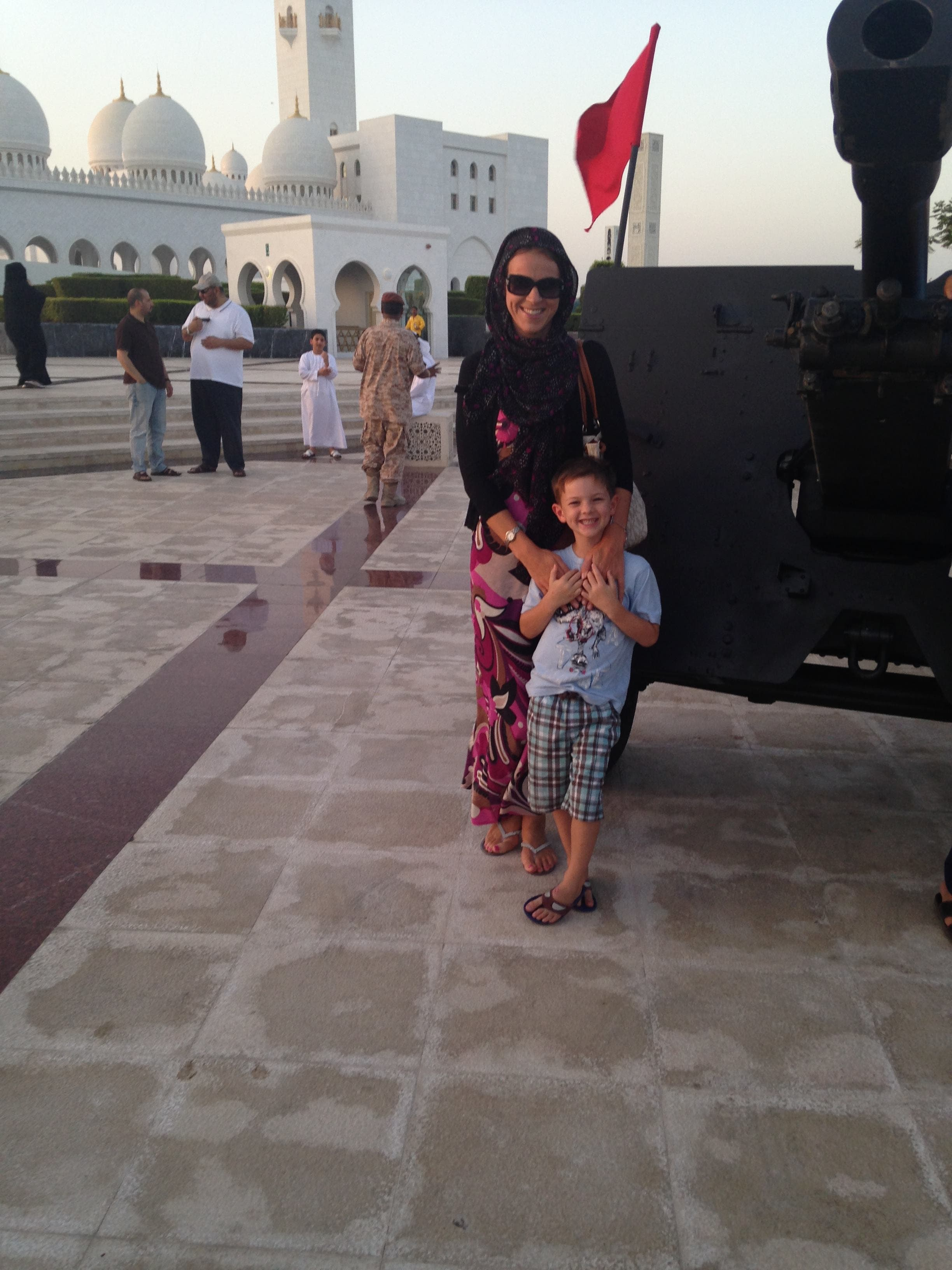Louise Miles-Shepherd has made it a family tradition to visit the mosque every Ramadan. She is seen here with her 5-year-old son. (Supplied)