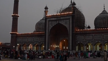 VIDEO: Mass Iftar at India's ancient Mughal mosque shows the spirit of Ramadan