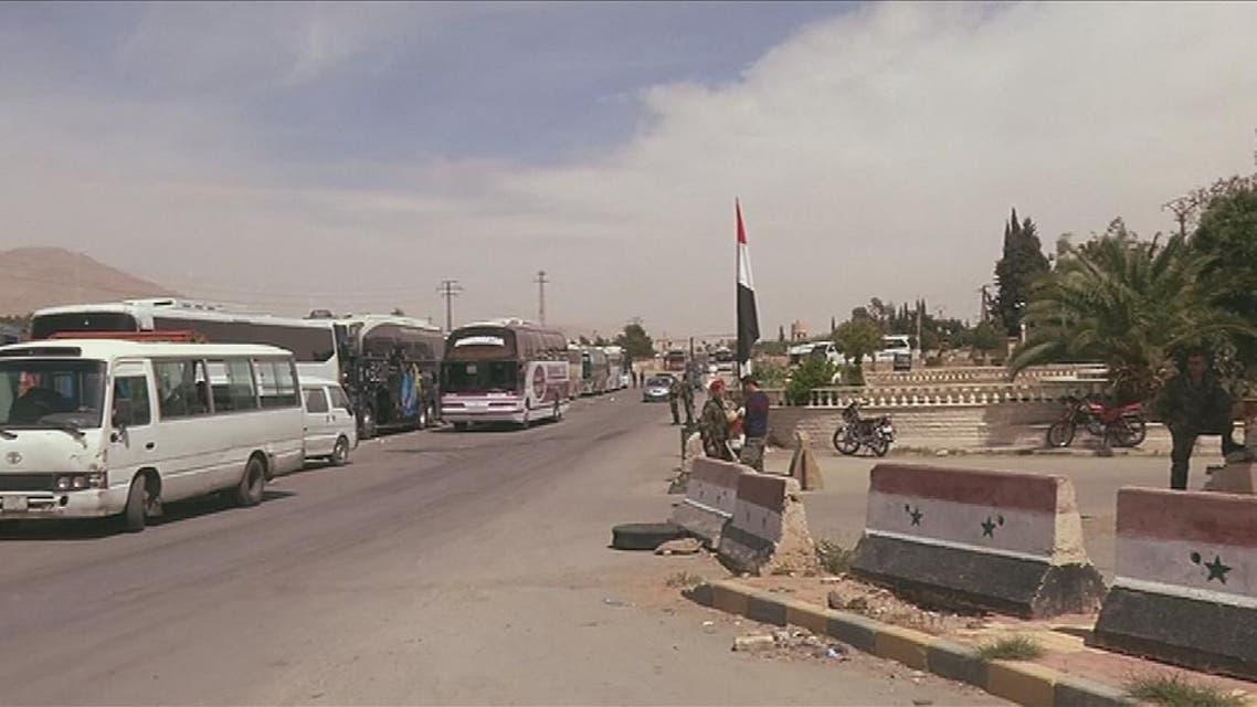 THUMBNAIL_ النظام يخرق الاتفاق ويجند الآلاف من مهجري الغوطة