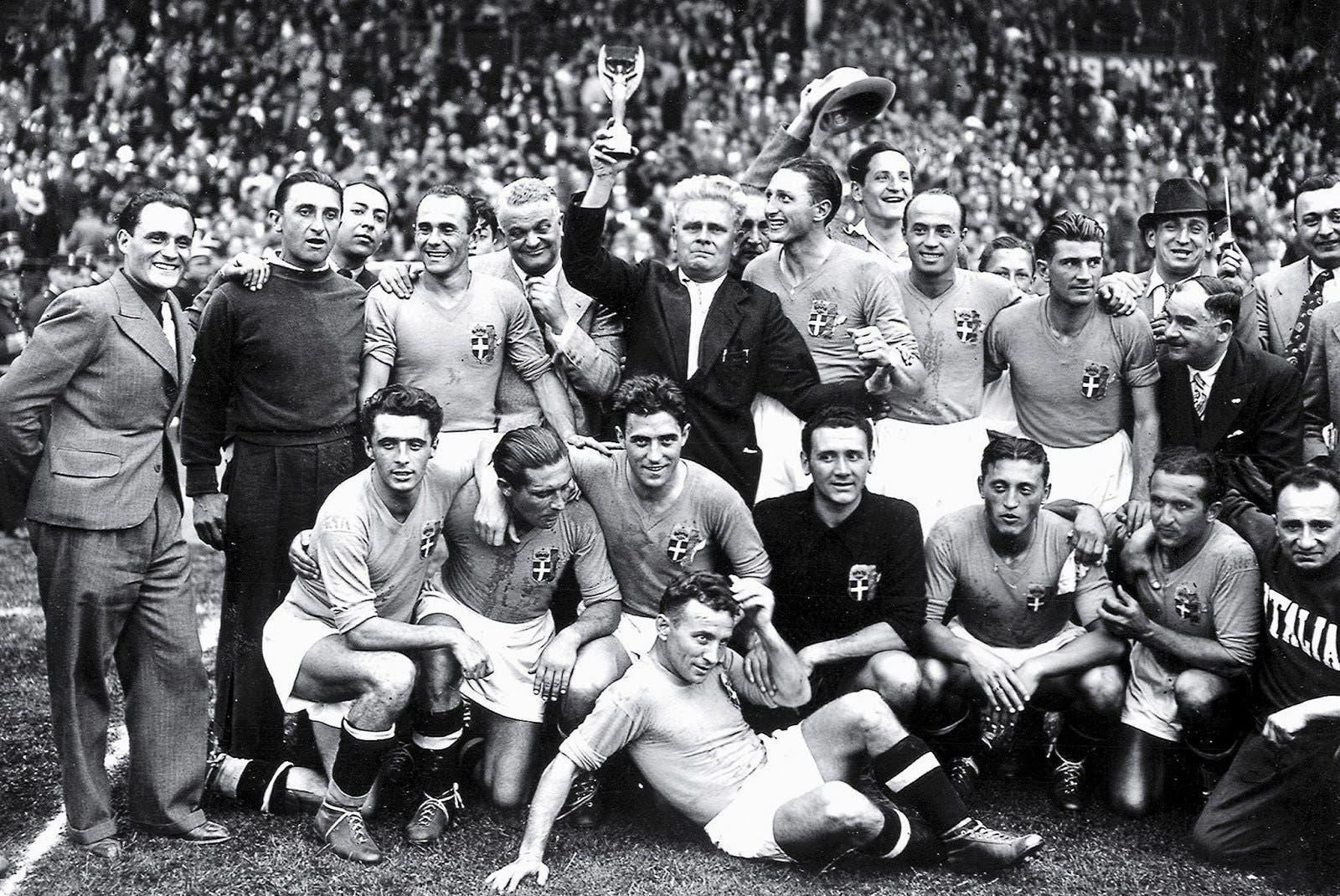 تتويج الأزوري بكأس العالم الإيطالية