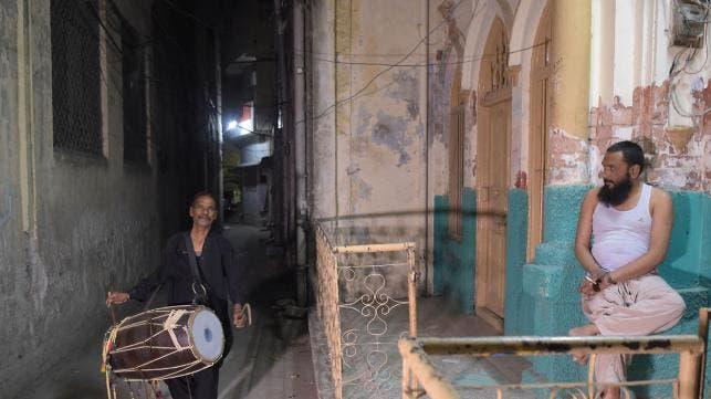 Ramadan street drummer. (AFP)