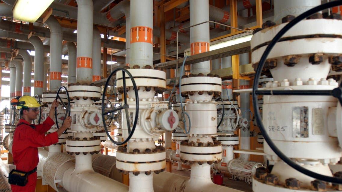 iran oil refinery. (Reuters)