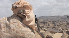 VIDEO: Houthi militias surrender as Yemeni Army makes gains on Nihm front