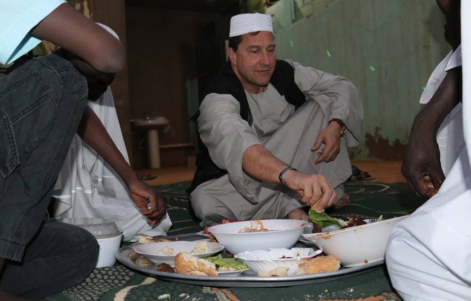 PHOTOS: Italian ambassador to Sudan and his son wear Sudanese traditional outfit