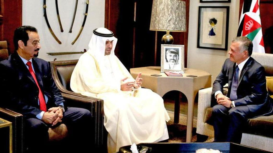 Jordan's King Abdullah receives Kuwait's Deputy Prime Minister and Minister of State for Cabinet Affairs Anas Al Saleh at Al Husseiniya Palace on Monday (Photo courtesy of Jordan Royal Court)