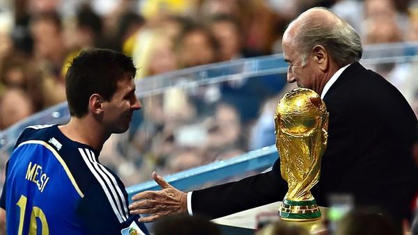 ميسي: خسارة 2014 مريرة.. وأتمنى الفوز بالمونديال