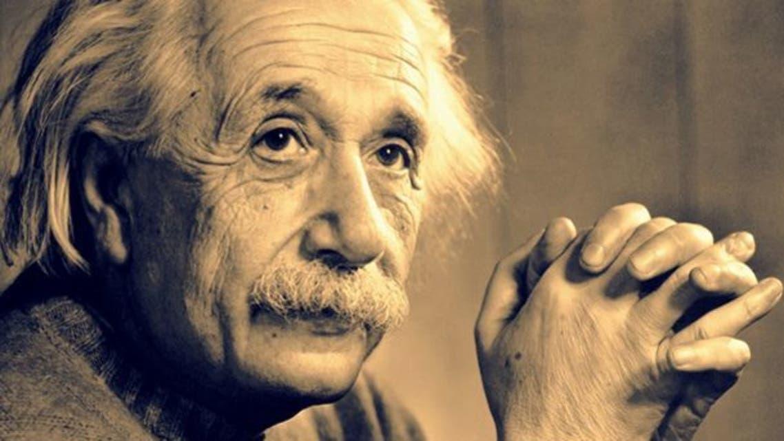 عالم الفيزياء ألبرت أينشتاين