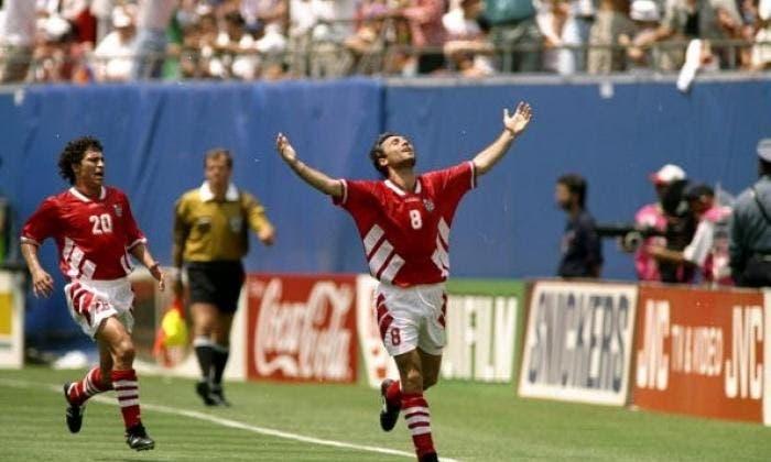 احتفالية ستويشكوف الشهيرة في كأس العالم 1994