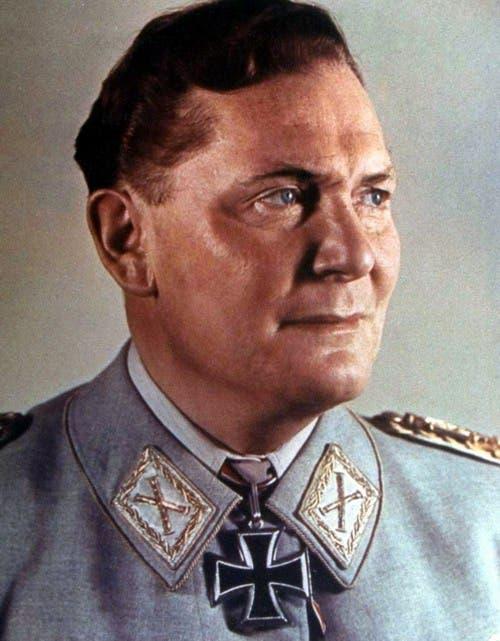 قائد سلاح الجو الألماني هرمان غورينغ