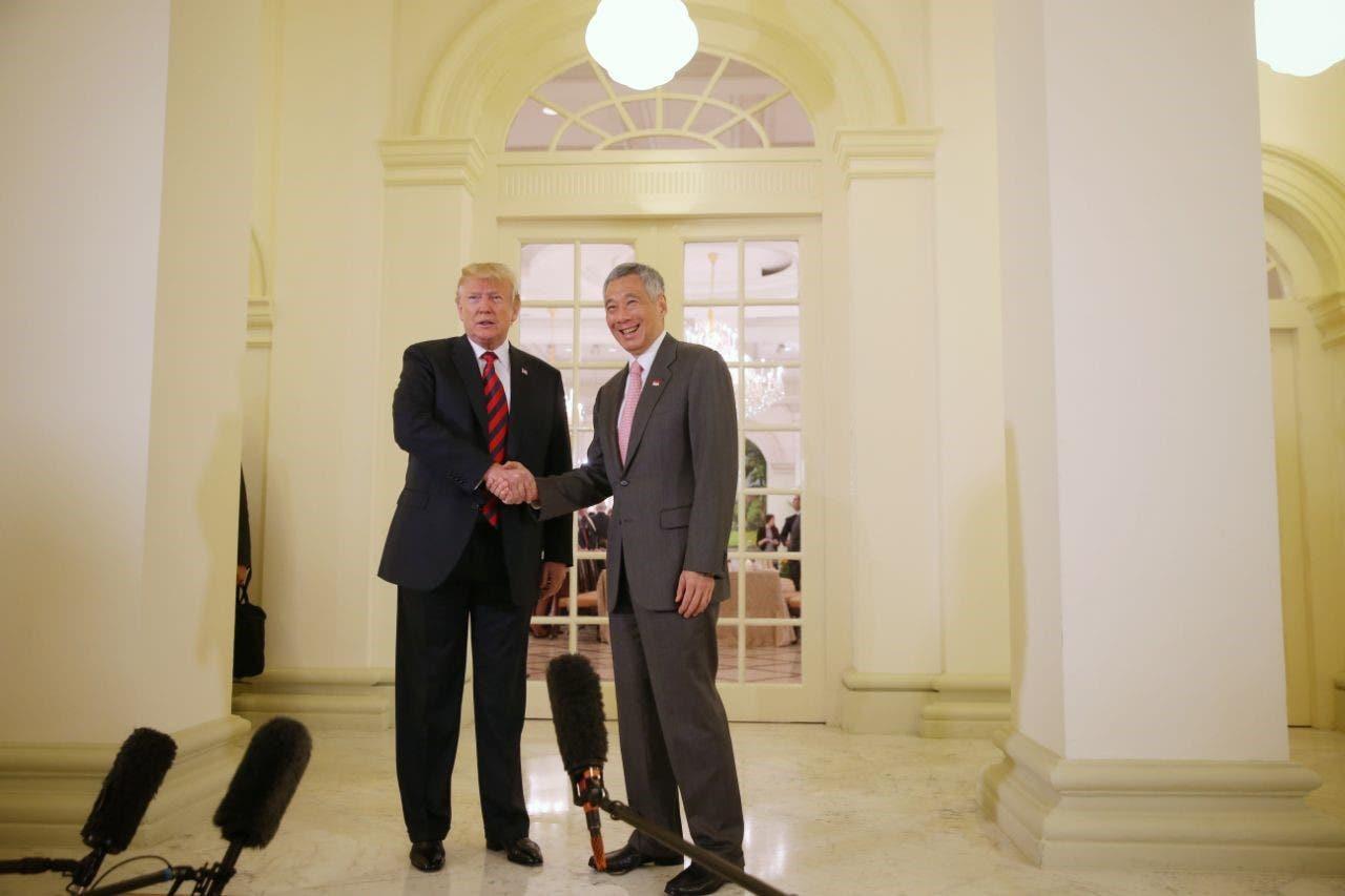 ترمب ورئيس وزراء سنغافورة