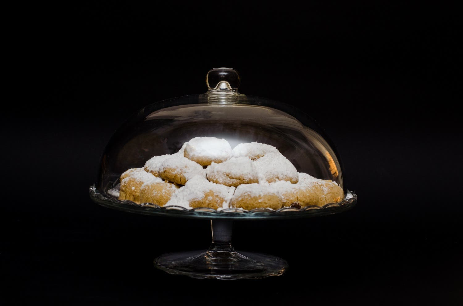 The key to mastering the perfect biscuit is getting those 'perfect cracks' on the surface.  (Shutterstock)