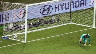 """مدرب إسبانيا يدافع عن أخطاء دي خيا """"الكارثية"""""""