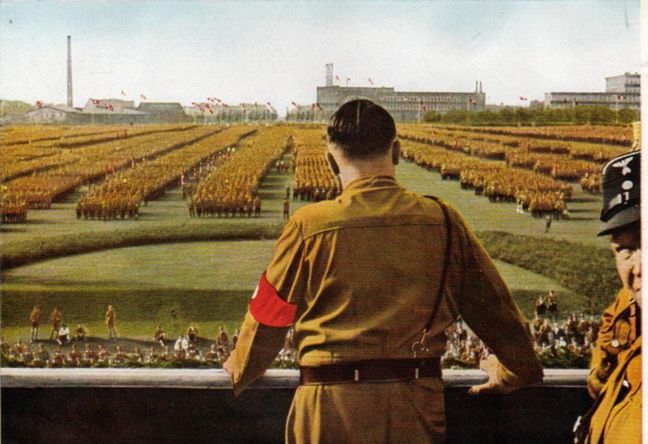 لوحة تجسد أحد تظاهرات الحزب النازي