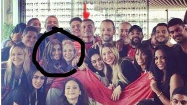 شاهد.. عمرو دياب بصحبة دينا الشربيني وزوجته الأولى