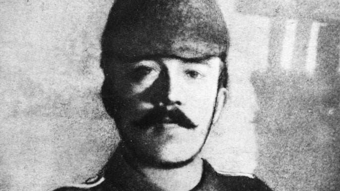 صورة لأودلف هتلر عندما كان جنديا خلال الحرب العالمية الأولى