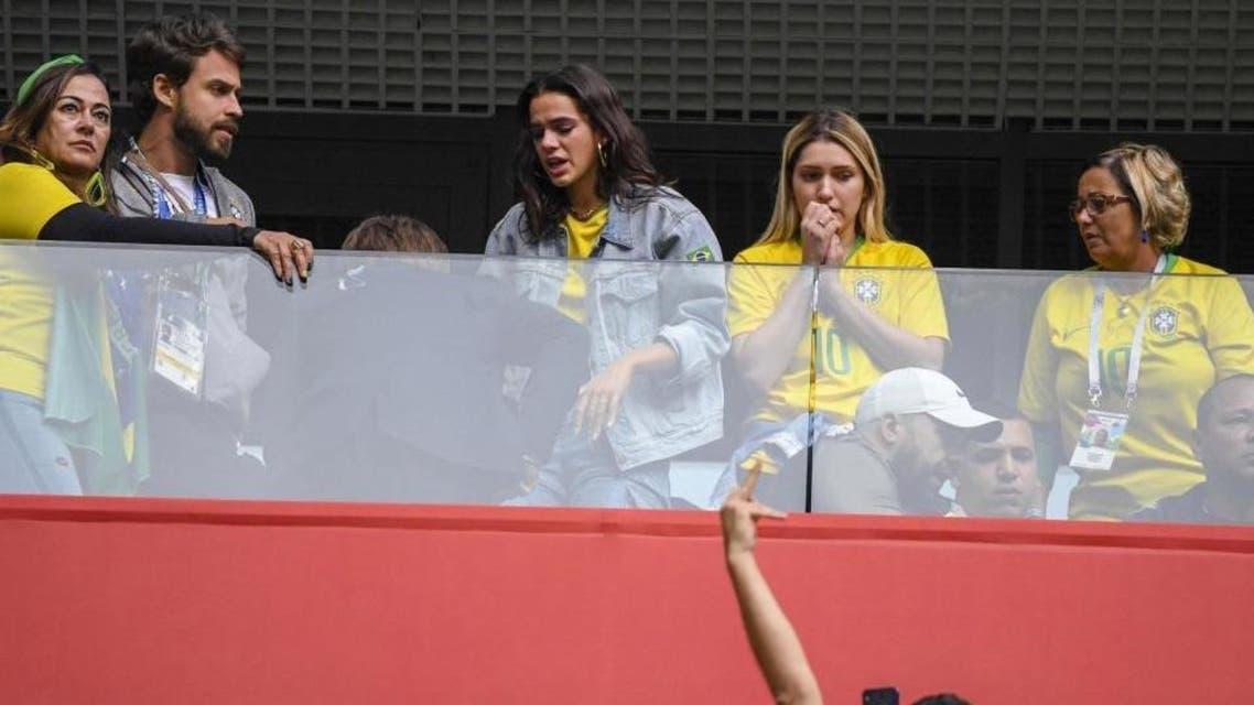 رافائيلا لحظة شعورها بالإعياء خلال اقاء البرازيل وكوستاريكا