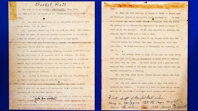 صورة لأول وثيقة حررها جيمس نايسميث تضمنت القوانين الثلاثة عشر للعبة كرة السلة سنة 1891