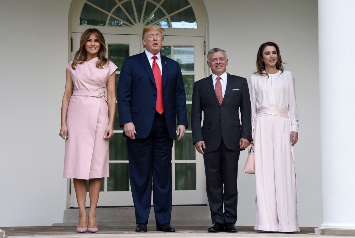 الرئيس ترمب وزوجته يستقبلون ملك وملكة الأردن