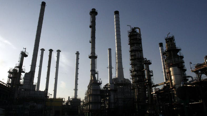Iranian oil production falls to lowest levels since 1980s