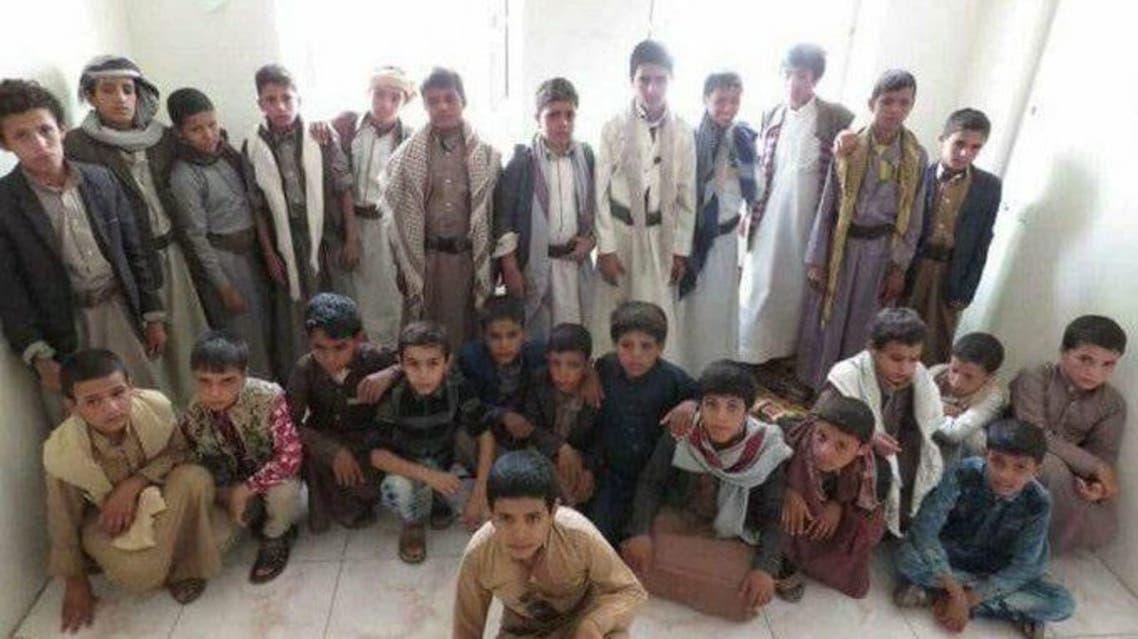 اطفال تم اسرهم وهم يقاتلون في صفوف الميليشيات بالساحل الغربي