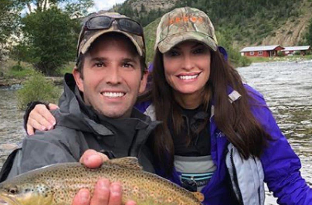 يتشاركان رحلة صيد في مونتانا