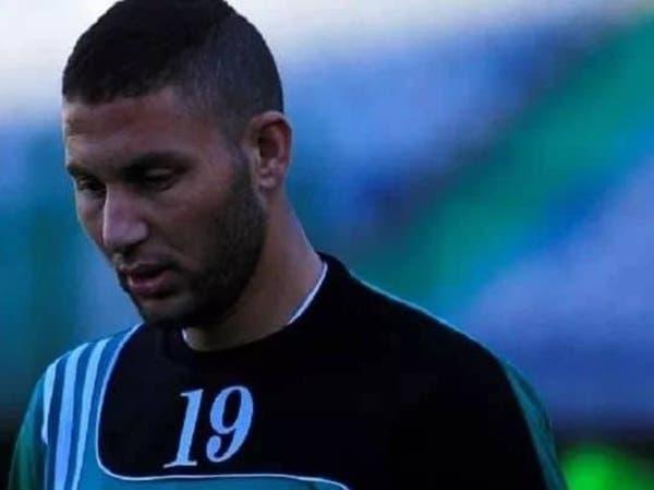 سقط وسط الملعب.. وفاة لاعب مصري خلال مباراة كرة قدم