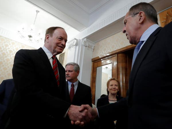 لافروف يستقبل برلمانيين أميركيين قبل قمة ترمب وبوتين