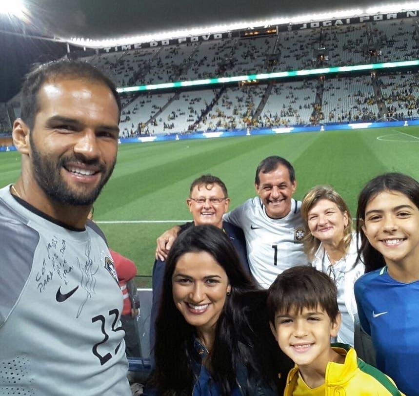 مورييل متابعا شقيقه في كأس العالم