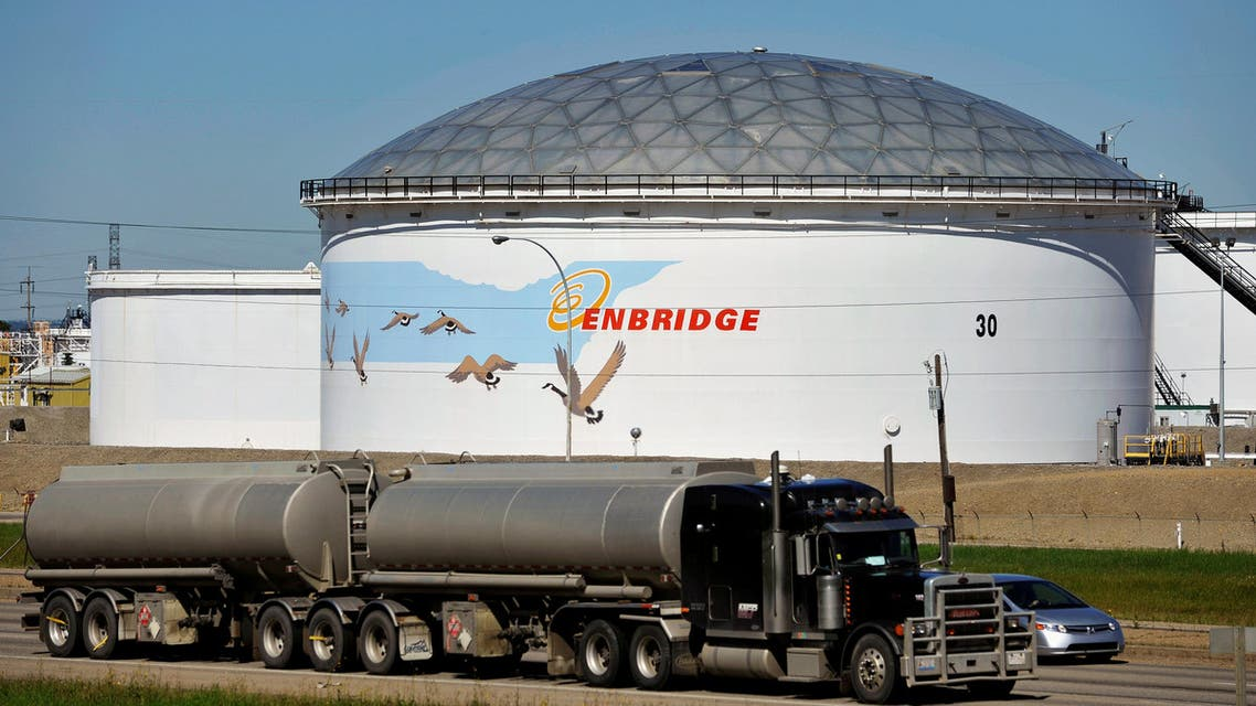 A storage tank on a freeway at the Enbridge Edmonton terminal on August 4, 2012. (Reuters)