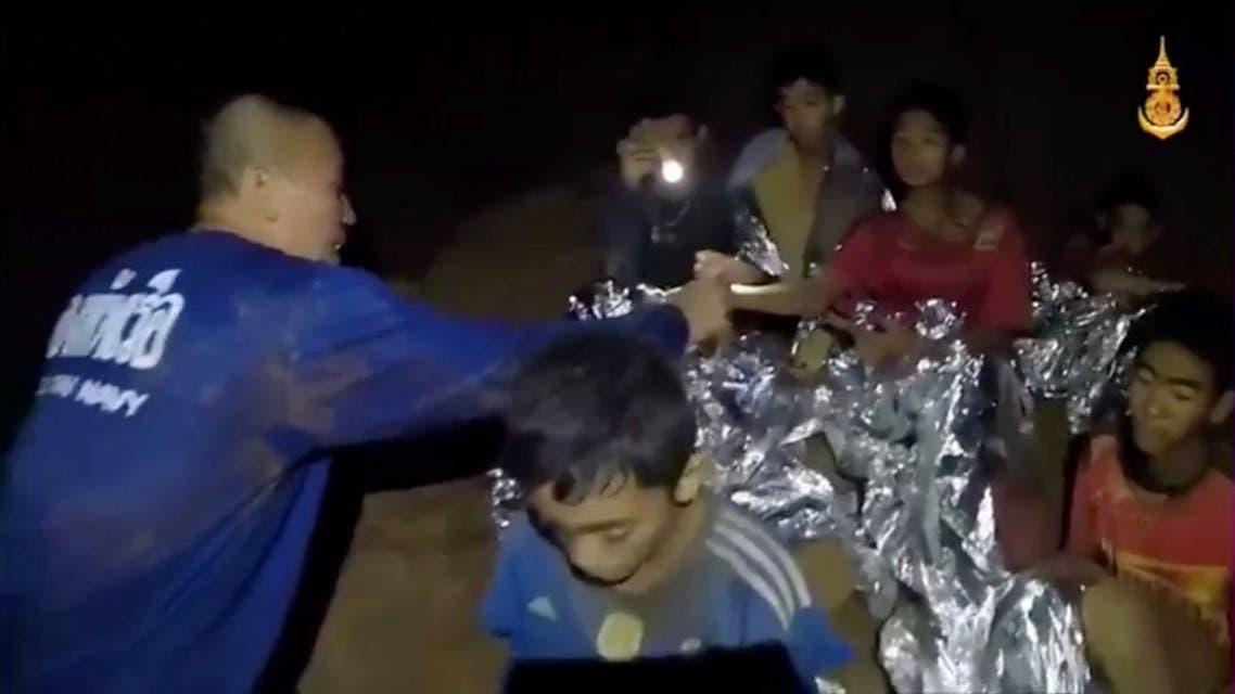 أطفال تايلاند المحاصرون