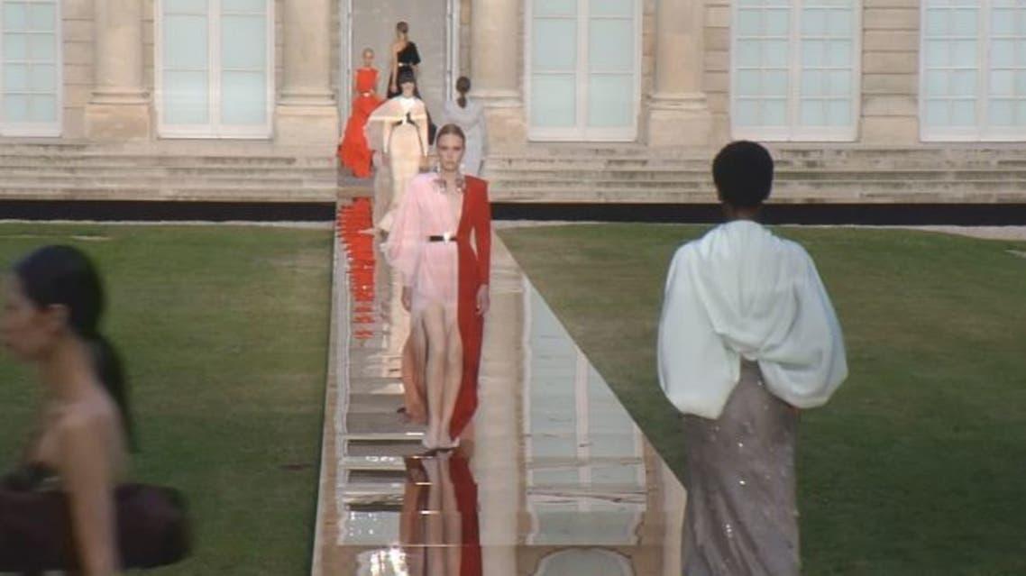 مجموعة Givenchy الجديدة في أسبوع الأزياء الباريسي