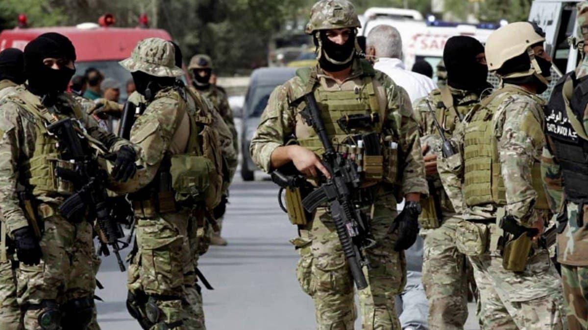 تونس تفكك شبكة لتمويل عناصر إرهابية