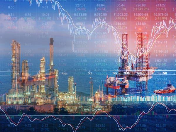 النفط ينخفض مع قلق المستثمرين إزاء تباطؤ التجارة