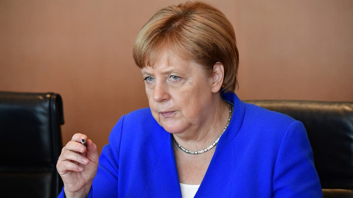 ميركل تنتظر بدء الاجتماع الأسبوعي لمجلس الوزراء في برلين