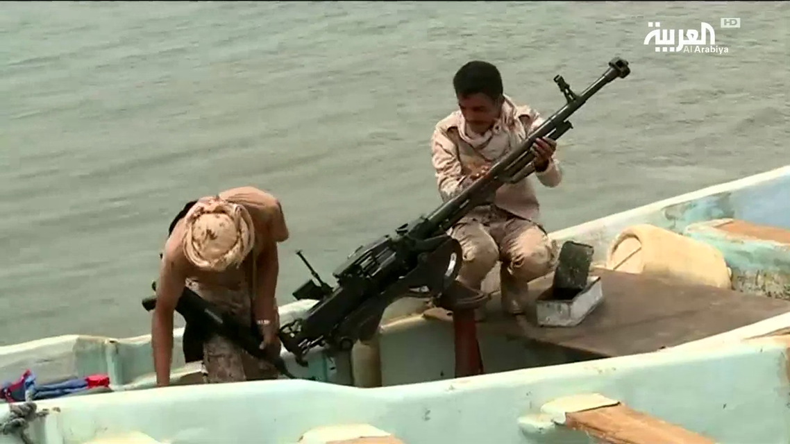Yemeni army seizes three armed boats belonging to the Houthis in Hajjah