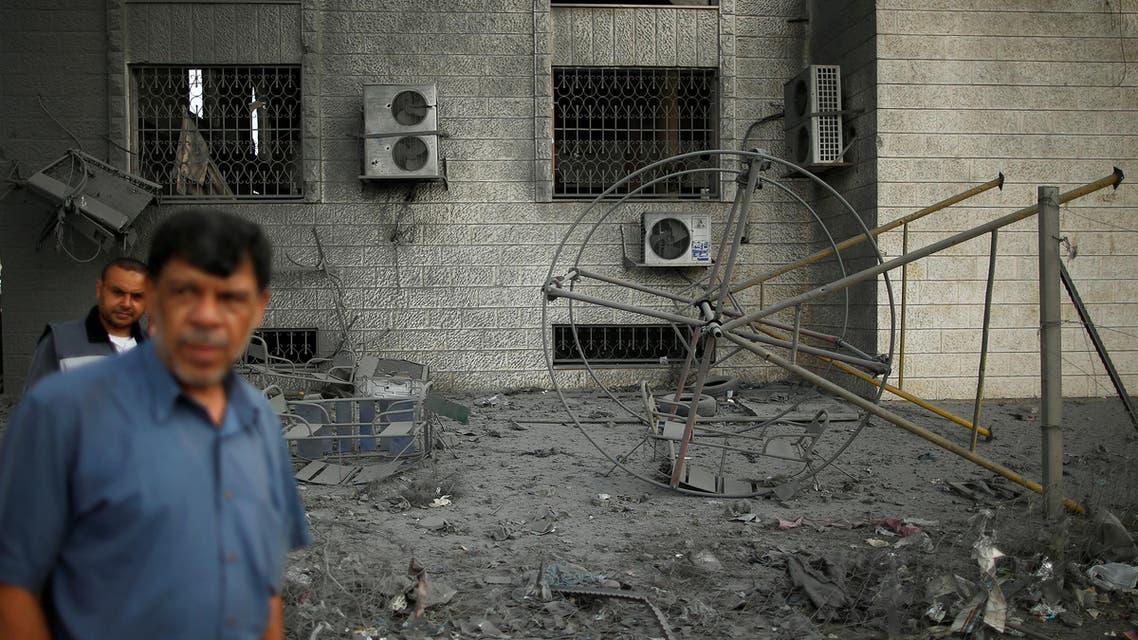 من الأضرار التي تسببت بها الضربات الإسرائيلية على غزة السبت