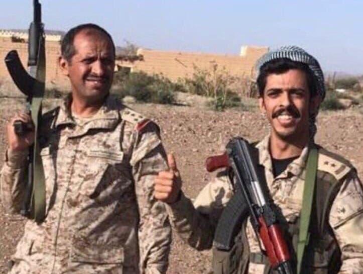 العميد الركن مسفر بن شافي السبيعي مع ابنه الملازم أول شافي بن مسفر السبيعي