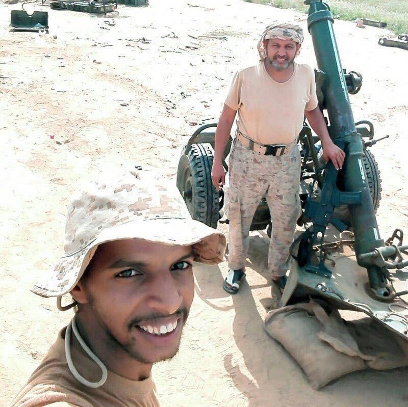 أحمد محمد الزهراني مع والده محمد الزهراني