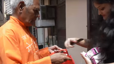 VIDEO: Despite handicap, India's 'Medicine Baba' collects pills to help the poor