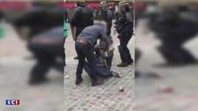 فيديو.. مستشار الرئيس الفرنسي يضرب متظاهراً