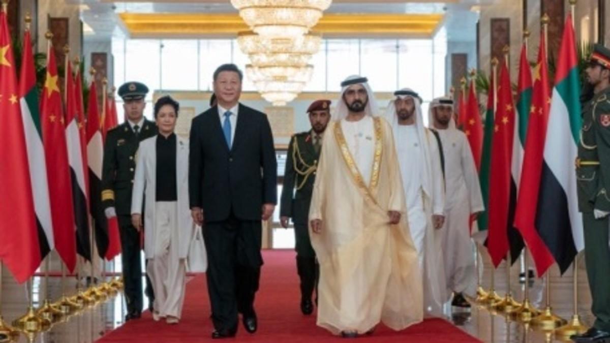 محمد بن راشد ومحمد بن زايد يستقبلان رئيس الصين