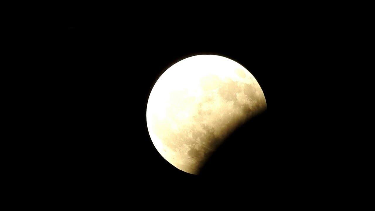 Lunar eclipse 2 (Supplied)