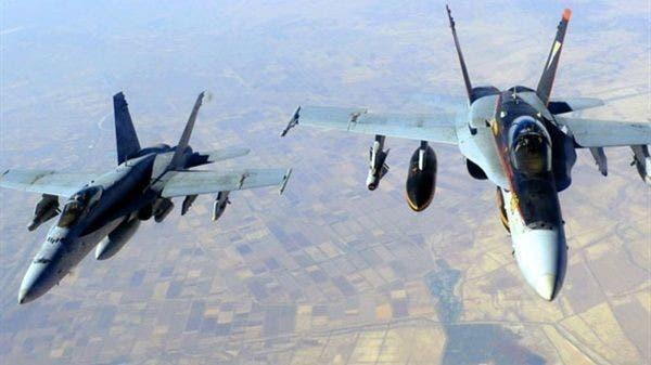 شاهد.. مقاتلات التحالف تدمر غرفة عمليات حوثية في صعدة